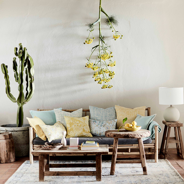 Фото №1 - 7 способов создать летнее настроение в гостиной