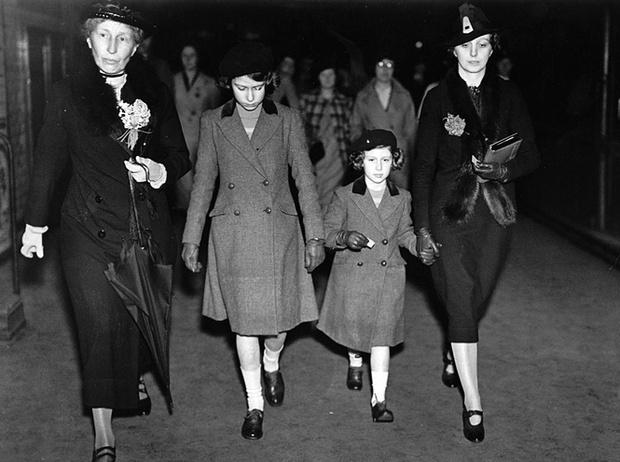 Фото №7 - Няни королевских наследников: почему не стоит недооценивать женщин в тени