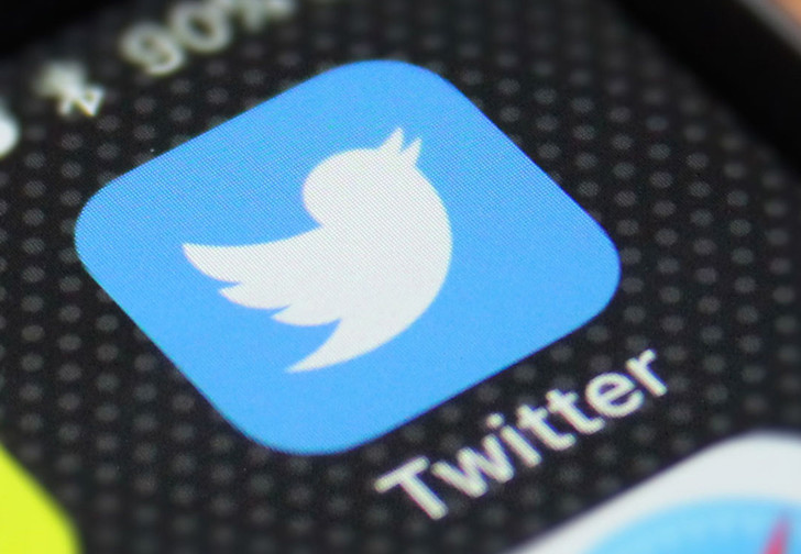 Фото №1 - «Твиттер» попробует заставить пользователей читать информацию по ссылке перед публикацией