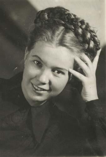 Фото №2 - Женщина с огромным сердцем и нелегкой судьбой: все о Раисе Горбачевой — единственной официальной первой леди СССР