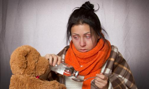 Фото №1 - Петербуржцев продолжают атаковать риновирусы