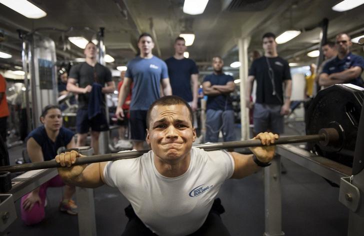 Фото №1 - Бездомный из Москвы засудил фитнес-клуб, потому что ему запретили там жить