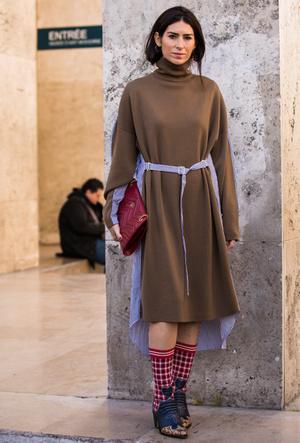 Фото №5 - 10 трикотажных платьев в бежевой палитре, как у герцогини Сассекской