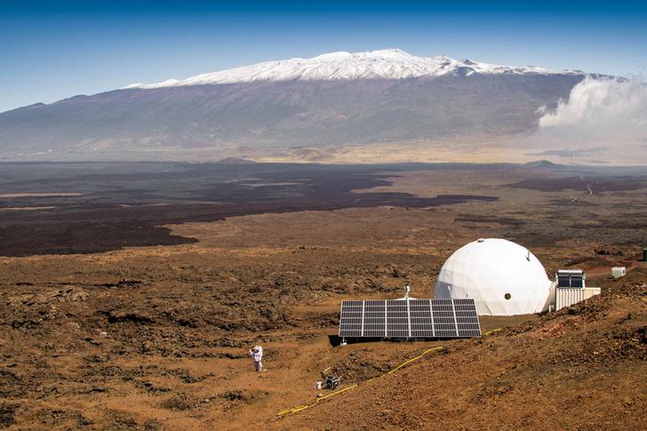 Фото №1 - На Гавайях стартовал эксперимент, имитирующий полет на Марс