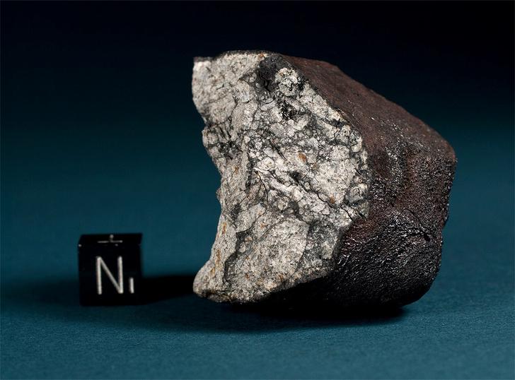 Фото №1 - В Челябинском метеорите обнаружили новую для Земли форму углерода