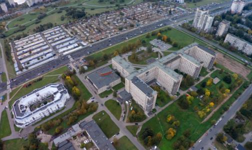 Фото №1 - Следственный комитет завел дело о мошенничестве: Елизаветинская больница заменила устаревшую систему на современную