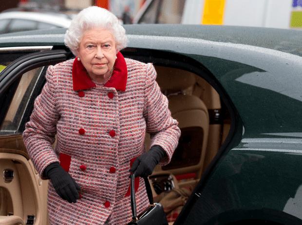 Фото №3 - Королевская щедрость: сколько Елизавета II тратит на подарки к Рождеству