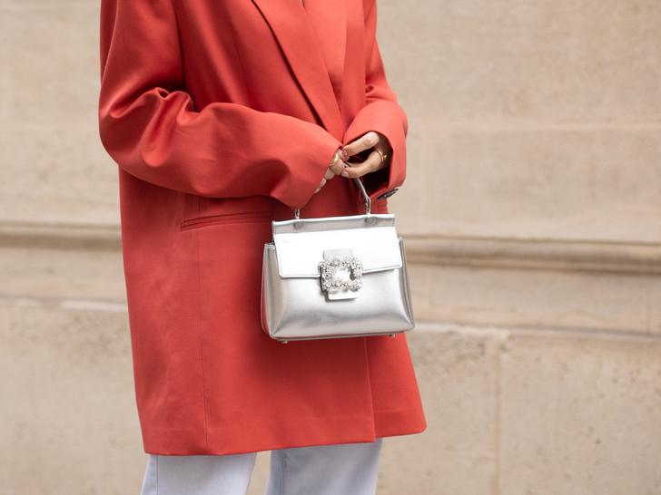Фото №7 - Как носить броши: 12 простых и стильных способов
