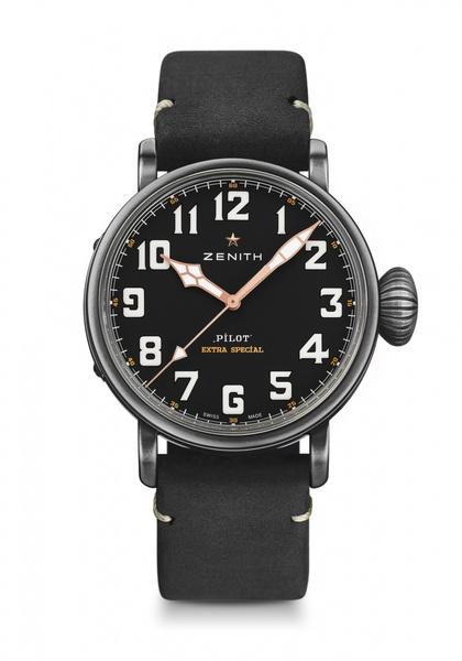Фото №2 - Коллекция Zenith Pilot пополнилась моделями в синем и черном цвете