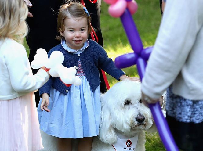 Фото №17 - Малыши-путешественники: первые зарубежные туры королевских детей