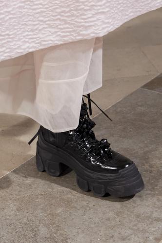 Фото №6 - Самая модная обувь осени и зимы 2021/22