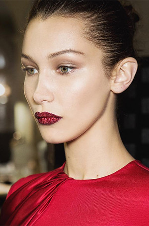 Фото №20 - 11 идей макияжа для вечеринки с красных дорожек 2016 года