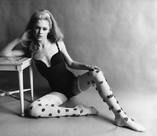 Фото №2 - Музы художника: 5 любимых женщин Энди Уорхола