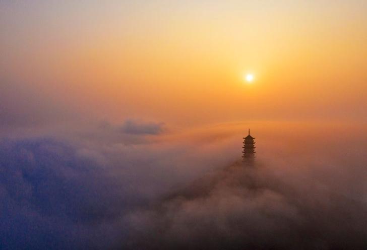 Фото №1 - Город за туманом