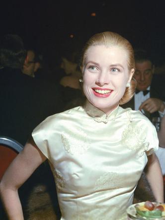 Фото №8 - Княгиня, актриса, дива: образы Грейс Келли, которые вошли в историю