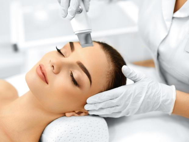 Фото №3 - Полный гид по чистке лица: виды и рекомендации по типам кожи
