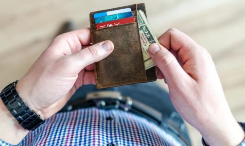 Фото №1 - Петербургским медикам продлили ковидные выплаты до конца октября