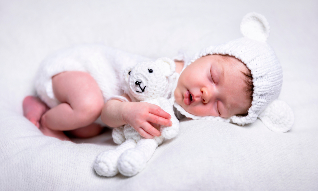 Нужно ли гладить вещи для новорожденных: мнение педиатра