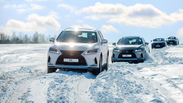 Фото №5 - Lexus покоряет Байкал: лед, вода и медные трубы