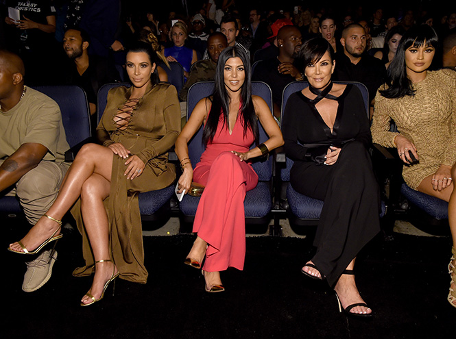 Фото №16 - Подробности церемонии VMA 2015 в Лос-Анджелесе