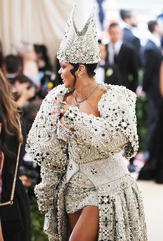 Фото №5 - Met Gala 2018: платья, которые уже вошли в историю