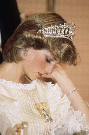 Фото №28 - Легендарная стрижка принцессы Дианы: история одного из самых модных феноменов века