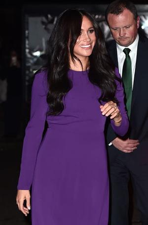 Фото №16 - Все оттенки сирени: как королевские особы носят фиолетовый цвет