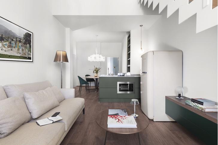 Фото №1 - Современная двухуровневая квартира во Флоренции