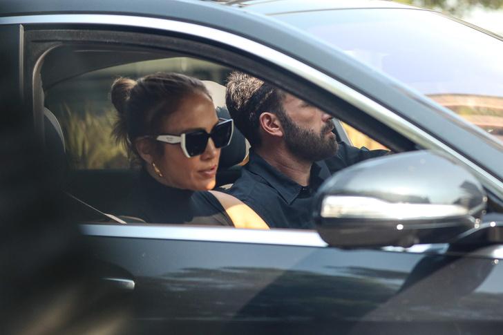 Фото №1 - Джей Ло и Бен Аффлек наслаждаются каждой минутой вместе— даже в лос-анджелесских пробках. Будем как они!