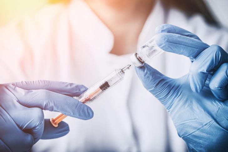 Коронавирус, вакцинация, пандемия