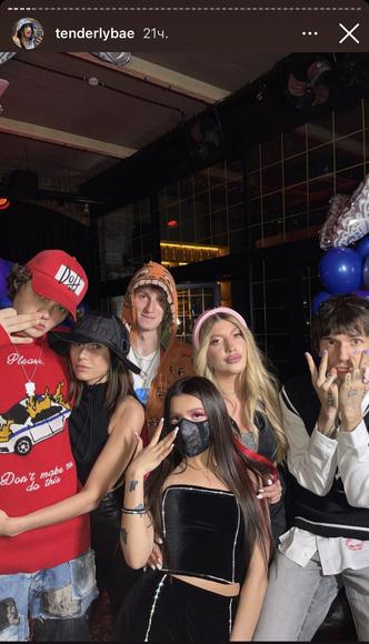 Фото №7 - Звездная вечеринка: как прошел день рождения Амины Tenderlybae 🥳