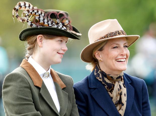Фото №2 - Как наследники семьи Виндзор узнают о своем королевском статусе