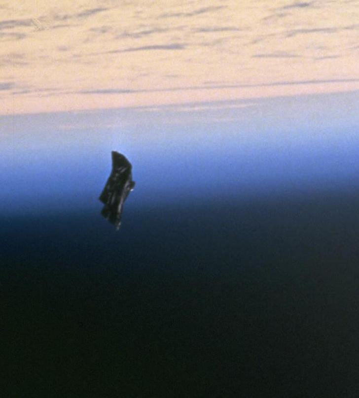 Фото №2 - Конспиративные теории прошлого: инопланетный шпионский спутник «Черный принц»