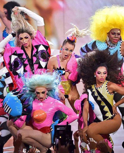 Фото №15 - MTV VMA 2015: лучшие моменты церемонии