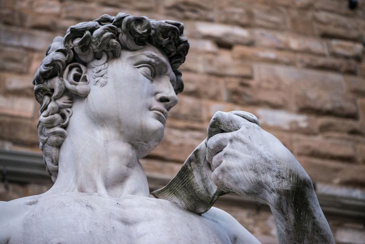 Фото №1 - «Давид» Микеланджело оказался под угрозой разрушения