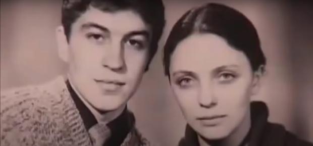 Фото №2 - «Вцепилась в кресло и ждала землю»: история россиянки, выжившей после падения самолета с высоты 5 200 метров