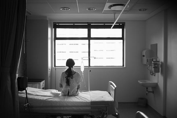 Фото №5 - Реальная история: «Я чуть не потеряла будущего ребенка и не погибла сама в аварии, которую устроил водитель, спешащий в роддом. И я его простила…»