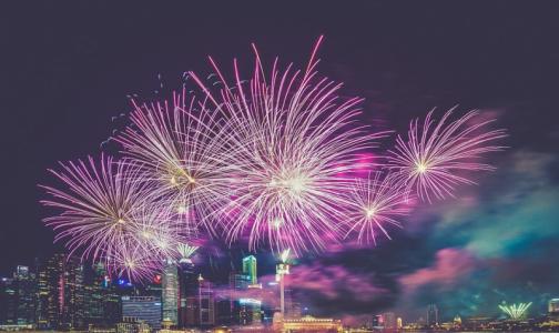 Фото №1 - Эксперты рассказали, как выбрать безопасные новогодние фейерверки