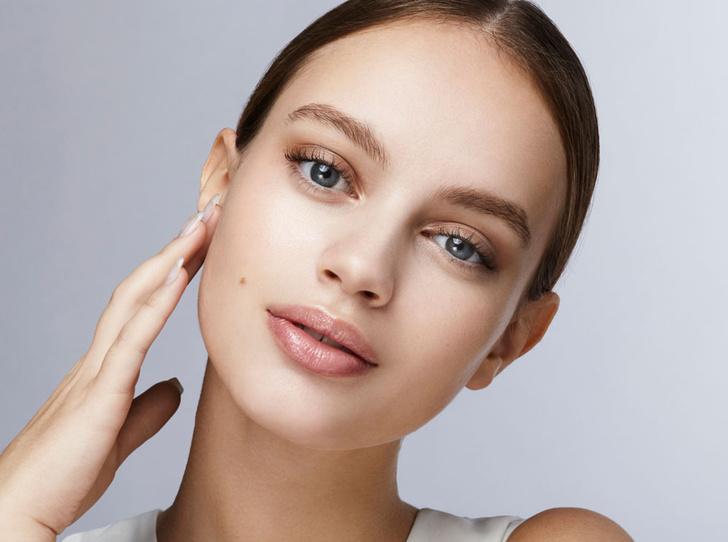 Фото №1 - 8 худших beauty-привычек, которые портят вашу кожу