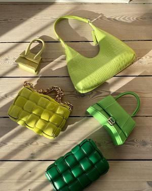 Фото №2 - Что купить: самые модные сумки весна-лето 2021