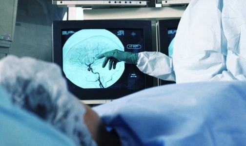 Фото №1 - Российские клиники «консервируют» в коробках новое медоборудование
