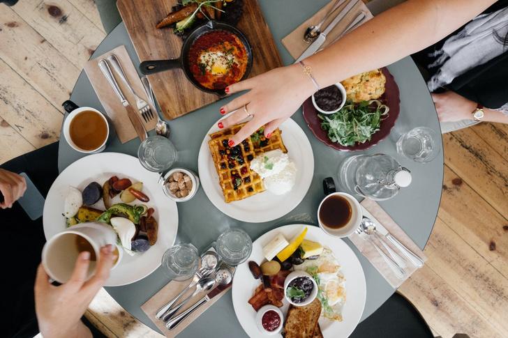 Кардиологи США назвали пищевые привычки, которые разрушают сердце