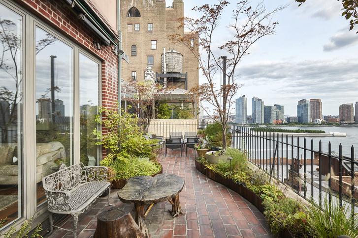 Фото №5 - В Нью-Йорке продается бывший пентхаус Джона Леннона