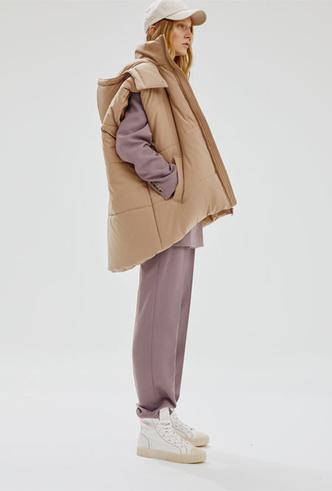 Фото №6 - Для затяжных холодов: 20 стильных вещей из коллаборации «Снежная Королева» x Lina Dembikova