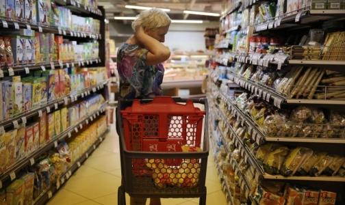 Фото №1 - В Торговом доме «РеалЪ» прокуратура обнаружила продукты на полу и мух
