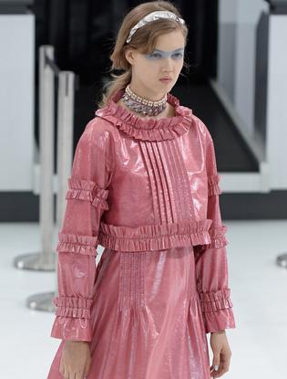 Фото №3 - Неделя моды в Париже: показ Chanel
