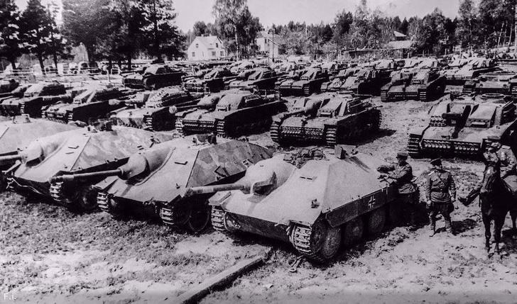 Фото №11 - Что немцу хорошо, то и Красной армии подойдет— танки вермахта с красными звездами
