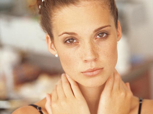 Фото №1 - 8 упражнений для шеи, чтобы сохранить молодость лица (видео)