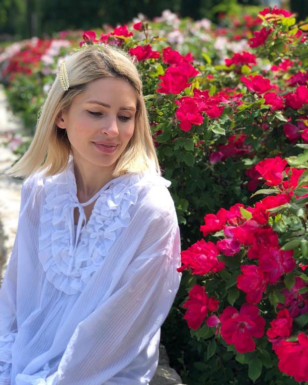 Фото №2 - Анна Семак стала бабушкой в 38 лет