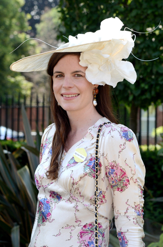 Фото №16 - Чья шляпа лучше: герцогиня Кембриджская и другие на Royal Ascot 2017